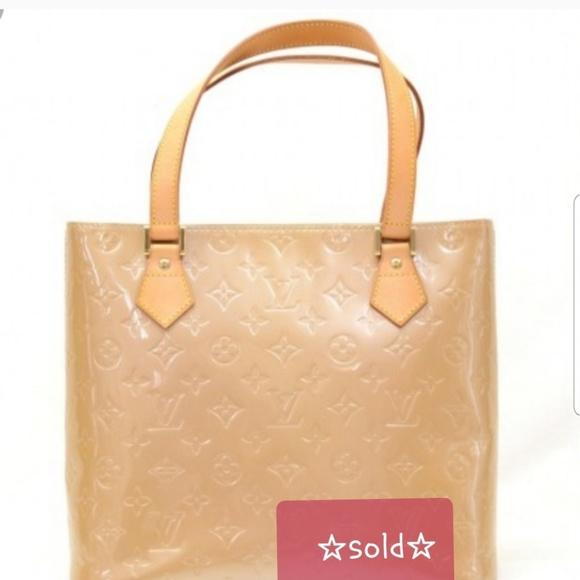 Handbags - Louis Vuitton Vernis Houston Bag